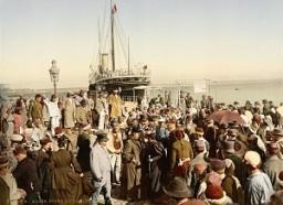Arrival_of_a_steamer,_Algiers,_Algeria,_ca._1899