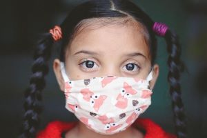 girl with Covid mask -5760039_640