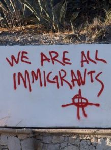 immigrants graffiti-2573495_640