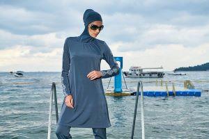hijab woman-2614691_640