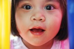 nursery toddler-667300_640
