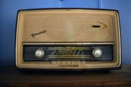 radio vintage-4611968_640