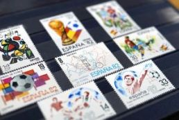 spain stamps-1145652_640