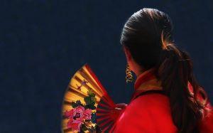 chinese woman-1147972_640