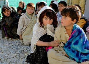 Afghan children-63175_640